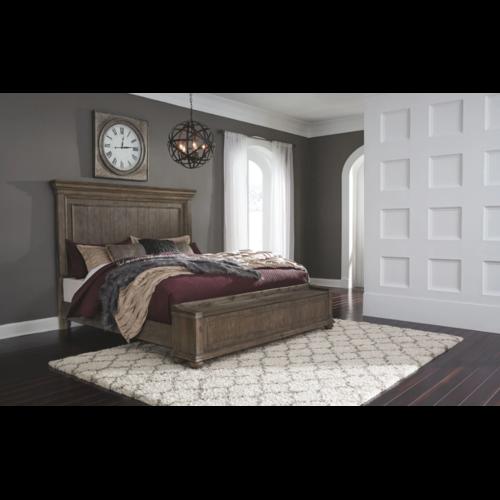 Деревянная кровать Johnelle B776-56s-58-97 King Ashley