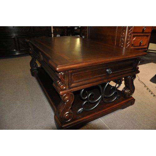Журнальный стол Alymere T869-9 Ashley
