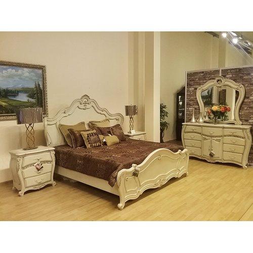 Спальня Michael Amini La Bourges