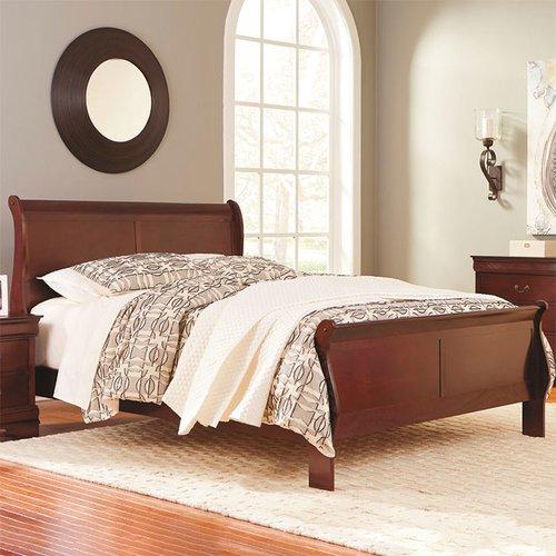 Двуспальная кровать Alisdair B376-81-96