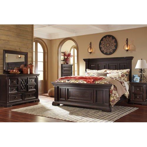 Деревянная кровать Willenburg Ashley B643-56-58-97