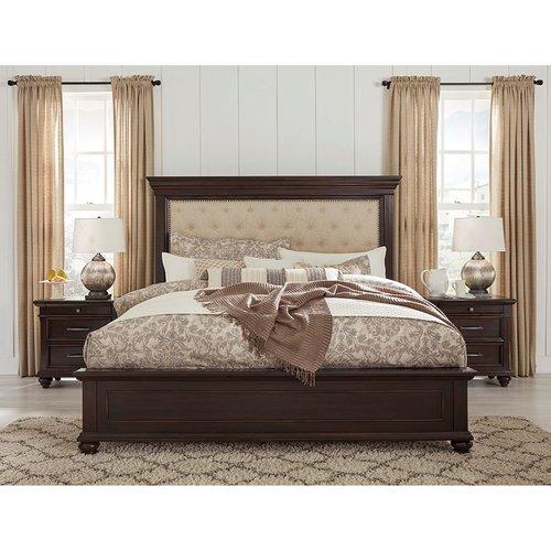 Двуспальная кровать B788-54-157-96 Brynhurst