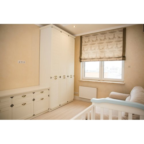 Белая стенка для спальни