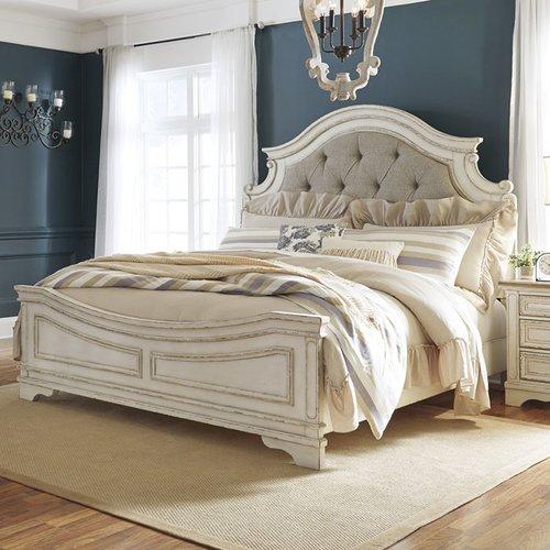 Двуспальная кровать Realyn B743-56-58-97